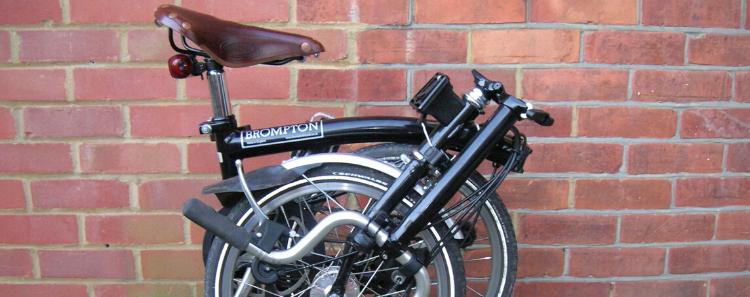 Bicicleta Brompton plegada