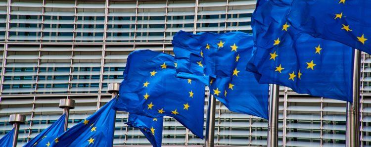 banderas europeas, edificio, comisión europea