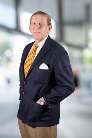 Luis H. de LARRAMENDI